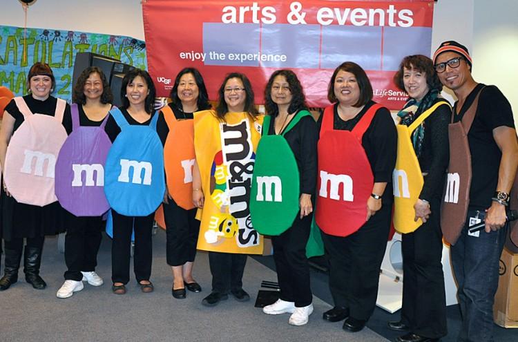 Halloween_LHts_Outreach_Team_Oct_2010.jpg