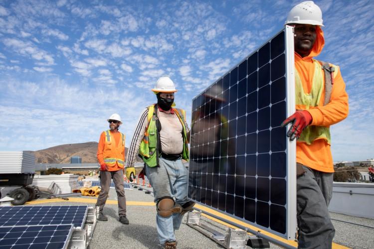 UCSF_20180913_Solar_Panels_226.jpeg