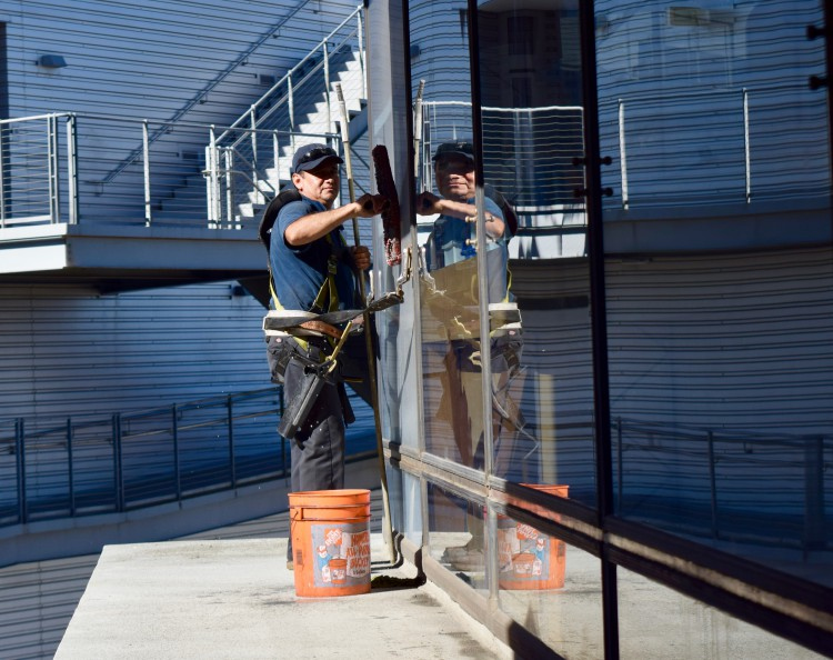 Facilities Services Resumes Window Washing
