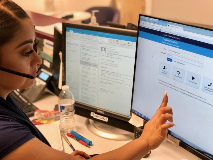 Woman_at_Computer_Screen.jpg image