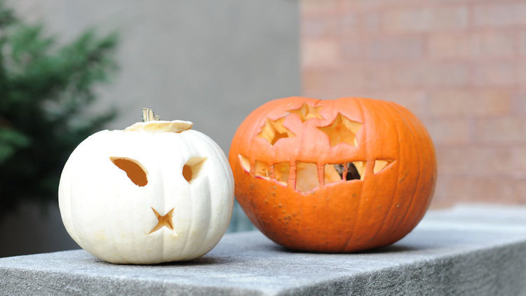 Pumpkin_Carving_Contest.jpg