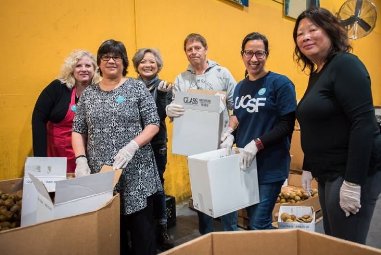 picture of volunteers at San Francisco Marin Food Bank